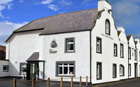 Bed & Breakfast in Eyemouth |The Ship's Quarters