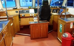 Wavedancer 2 Cabin